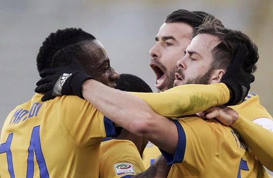 Prova di forza Juventus: 0-3 a Bologna con Pjanic (migliore in campo) Mandzukic Matuidi
