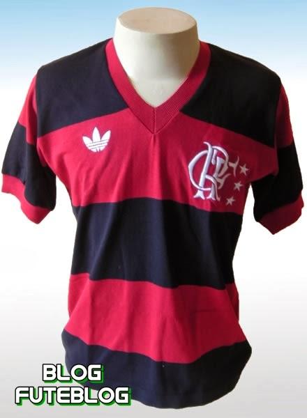354de342e6be9 A camisa utilizada no título mundial - 1981