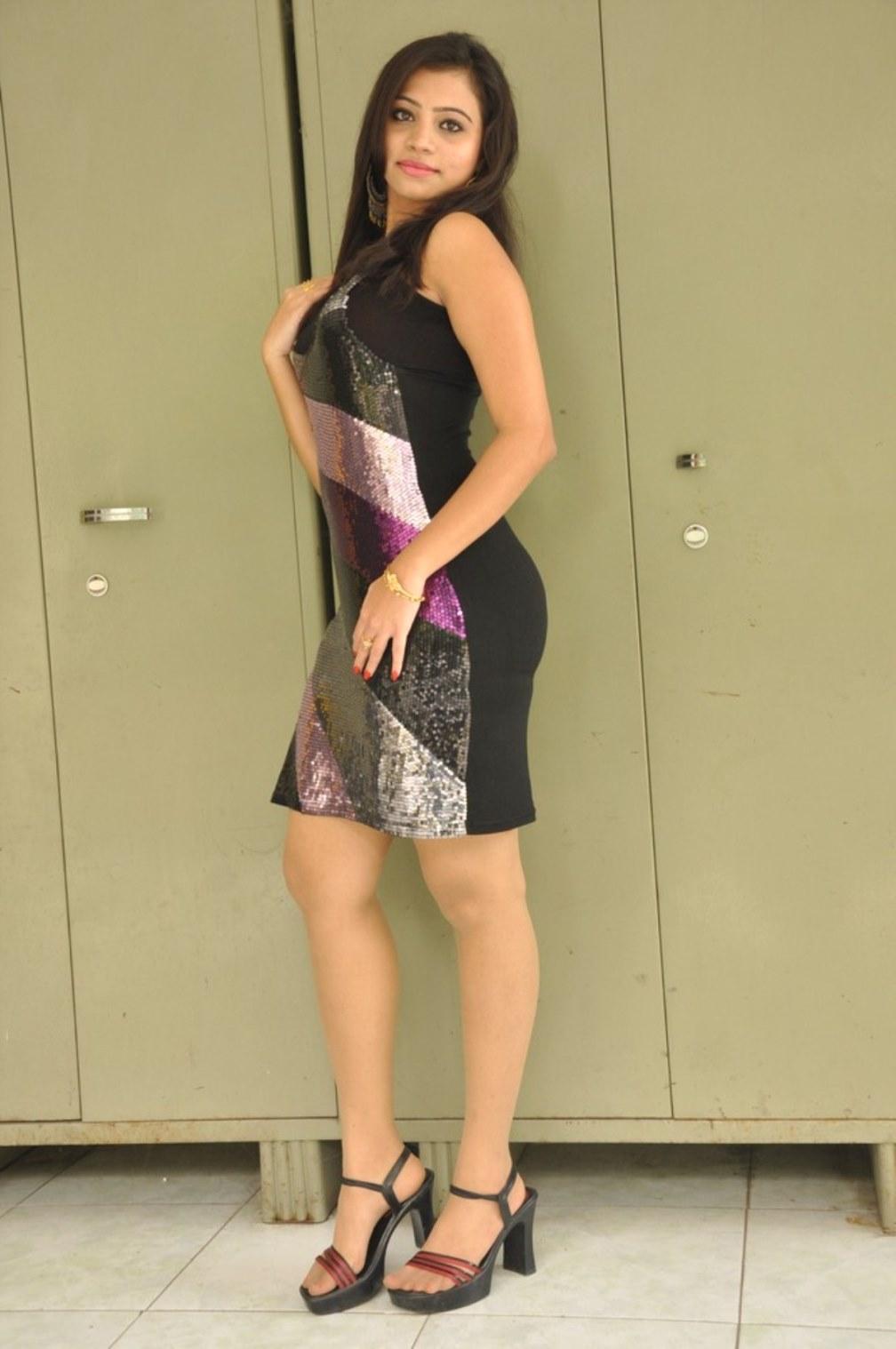 Actress priyanka hot stills at okkasari premiste event