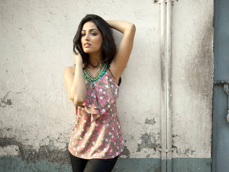 Yami Gautam Hot Images, Latest Wallpapers