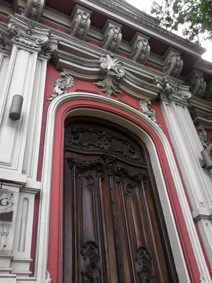Casas Antiguas de Montevideo. Av. Rivera y Obligado