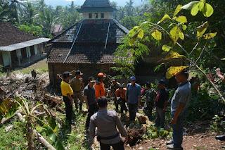 Trenggalek Direncanakan Menjadi Studi Kasus Pengembangan Kerangka Mitigasi Bencana Tanah Gerak dan Longsor Ahli Geologi