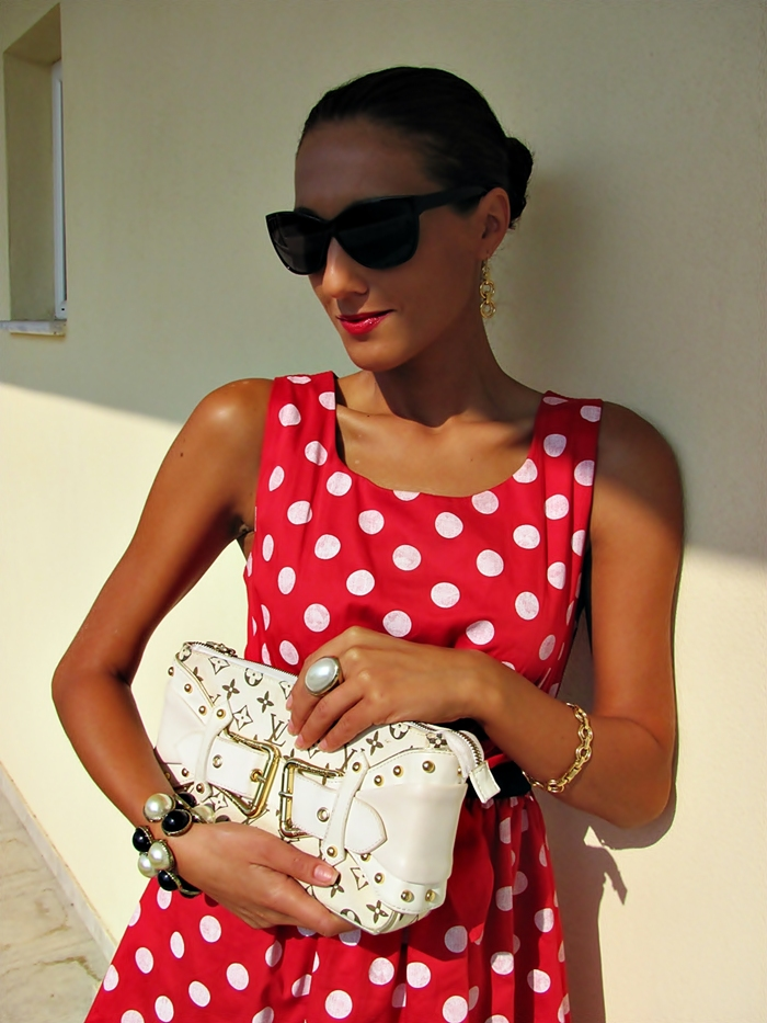 dyt type 1 woman cute outfits and looks, dyt type 1 jewelry