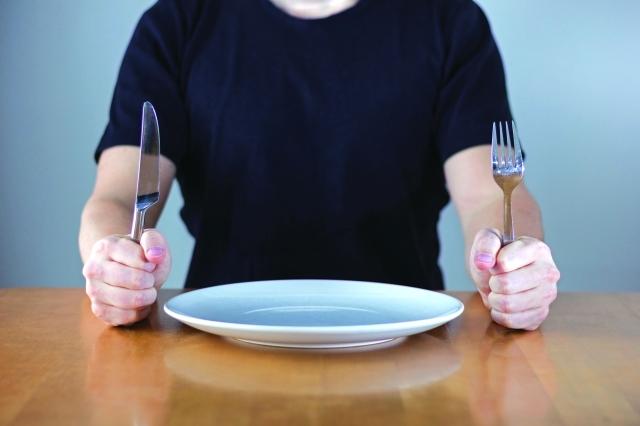 لا تتخذ قراراً وأنت جائع