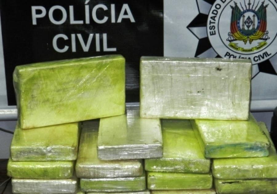 Uma grande quantidade de droga foi apreendida pela Polícia Civil na  madrugada desta quarta-feira 9325547c91c