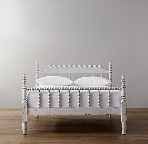 Restoration Hardware's 19th C. style Jenny Lind spindle bed (credit: Houzz.com)