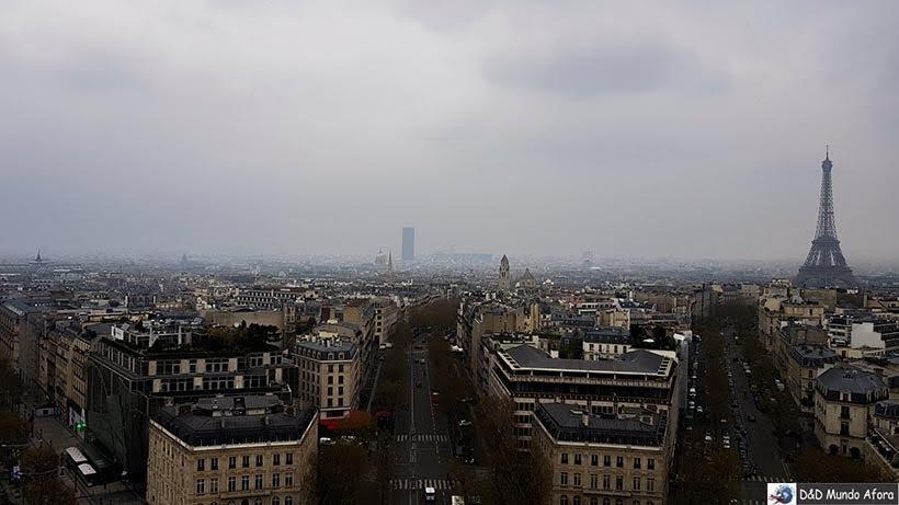 Torre Eiffel vista do Arco do Triunfo - Diário de Bordo - 3 dias em Paris