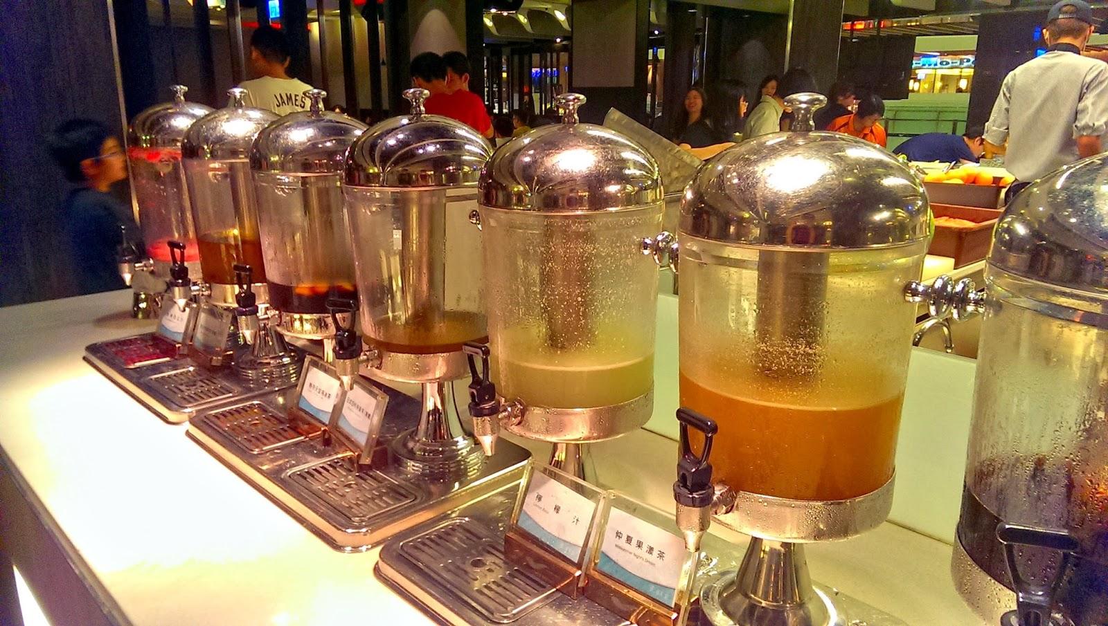 2015 07 01%2B19.18.08 - [食記] 台北京站 - 饗食天堂,有生魚片吃到飽的高級自助餐廳!