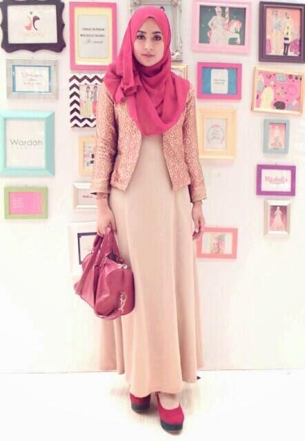 cara memadukan warna hijab dengan pakaian terbaru 2017