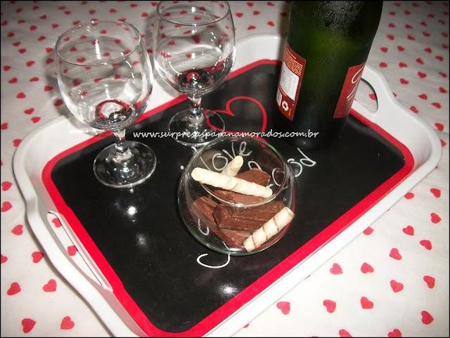 vinho e chocolates para namorado