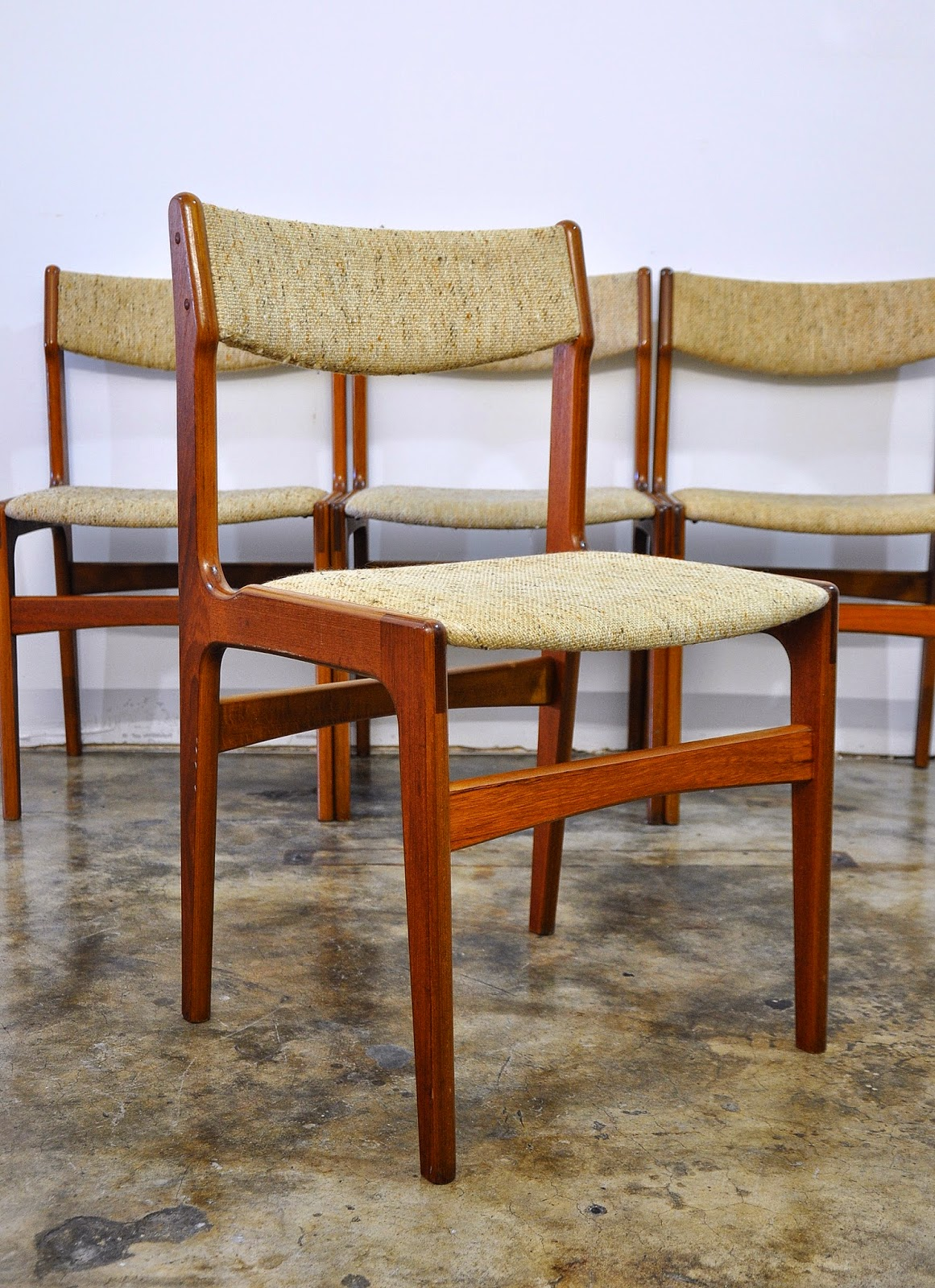 SELECT MODERN Set of 4 Danish Modern Teak Dining Chairs