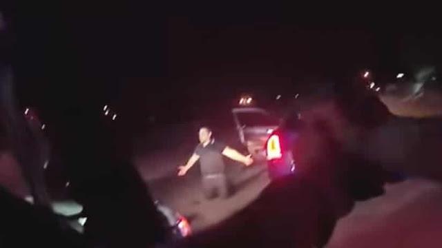 VIDEO MUY FUERTE: Policías de Las Vegas asesina sin piedad a un conductor hispano arrodillado