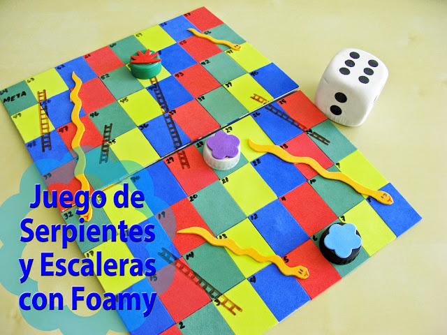 Pegostes y Colores: Juego de Serpientes y Escaleras con Foamy