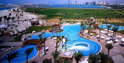 kolam renang hotel emirates palace