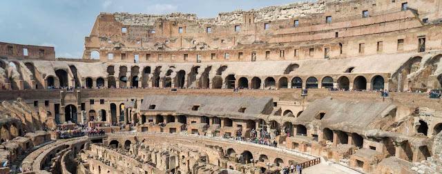 Anfiteatro Flavio y coliseo romano