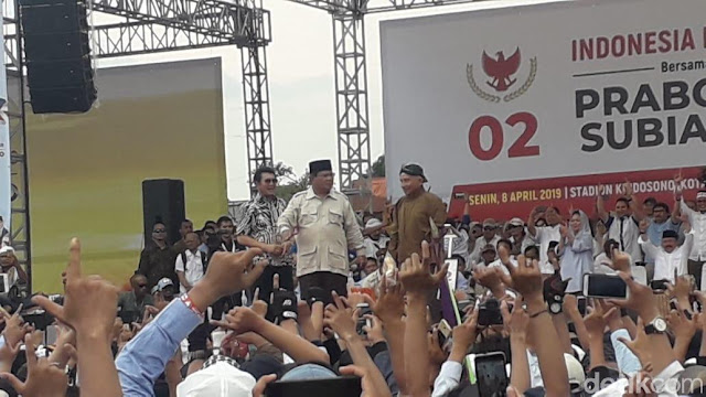 Ketika Amien Rais Sabarkan Prabowo yang Berapi-api Kampanye