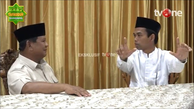 UAS ke Prabowo: Umat Berharap Bapak jadi Presiden, di Mana pun Ceramah yang Diacungkan 2 Jari