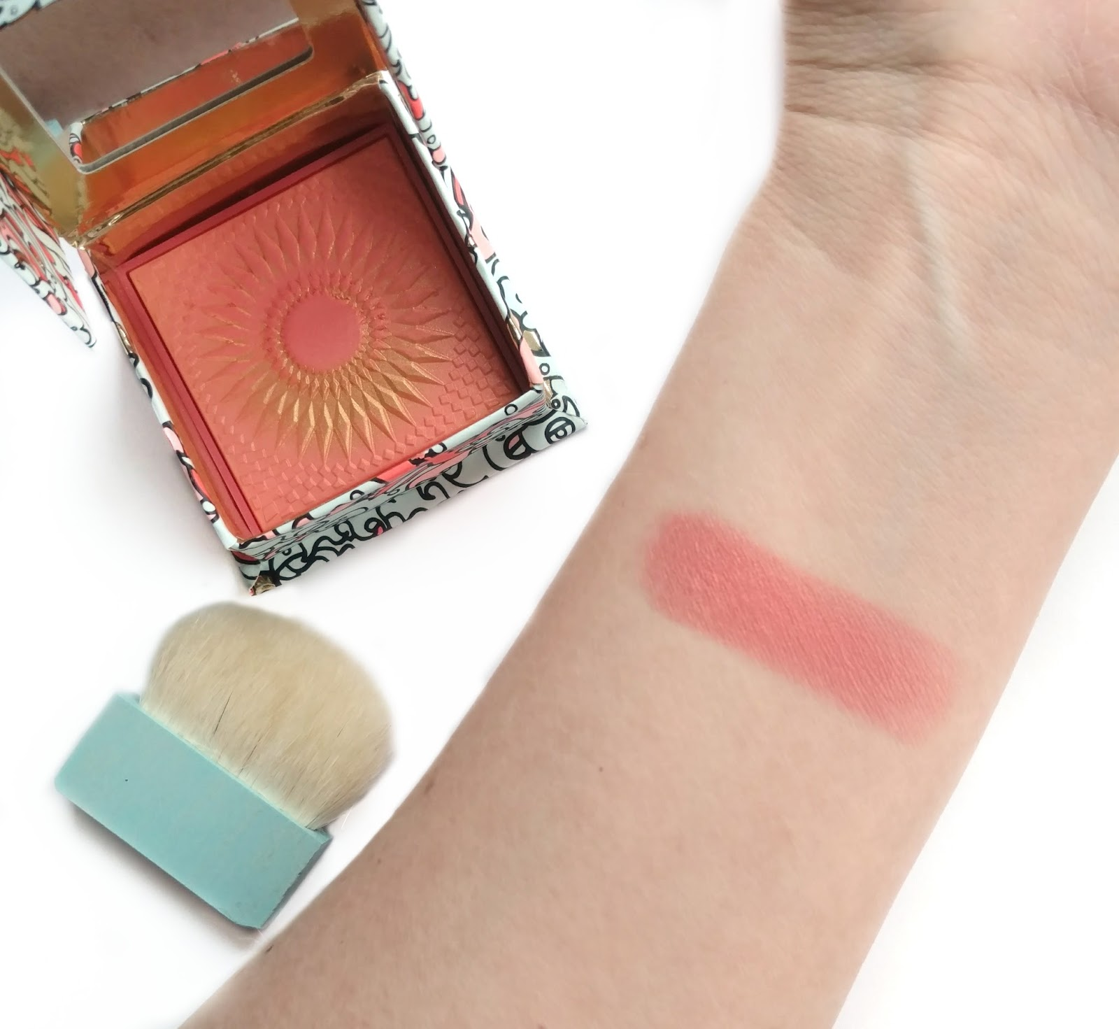 benefit GALifornia Blush swatches