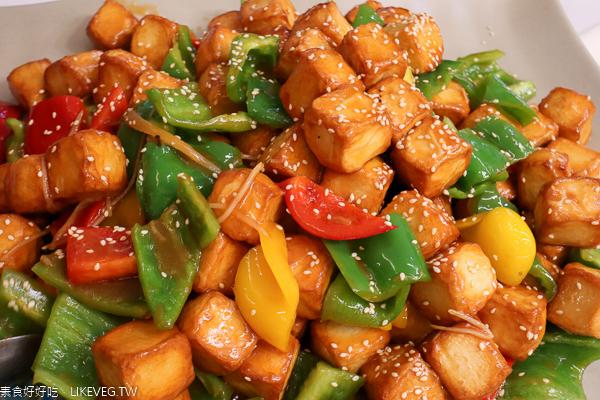 喜樂田園蔬食館|台中大雅素食吃到飽|綠色星期四只要250元