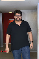 Kollywood Celebrities Pos at Inayathalam Premiere Show .COM 0019.jpg