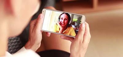 Smartphone, penggunaan internet di rekor tertinggi di Indonesia