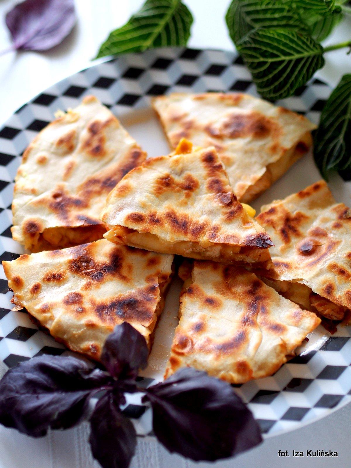 Quritto czyli quesadilla z kurczakiem kukurydz i serem for Ta 2s 0138