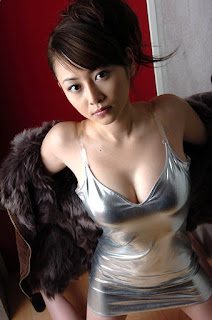 anri sugihara sexy bikini pics 01