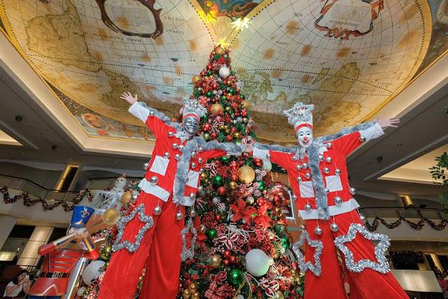 Christmas Tree in Waterfront City Cebu and Casino