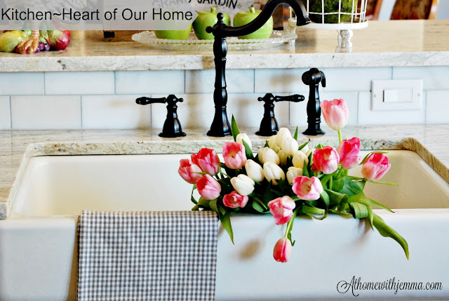 Spring home tour, kitchen, farmhouse, french country, farmhouse sink