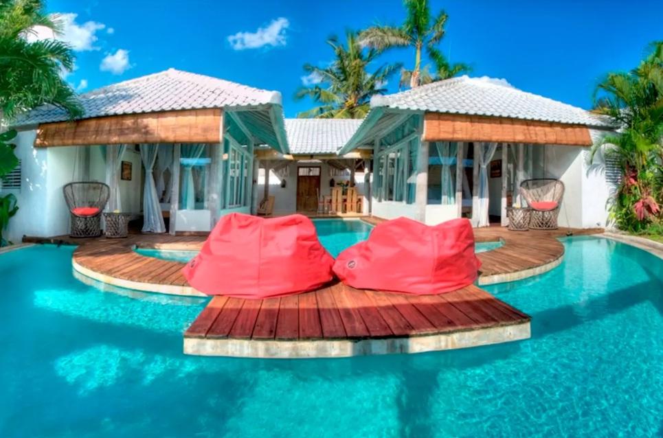 instagramable airbnb villa di bali