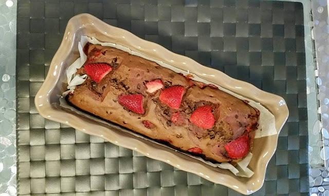 Ricetta Plumcake cioccolato e fragole senza uova
