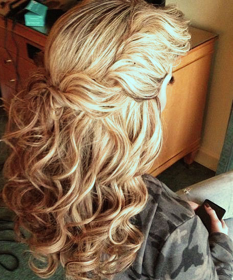 Twist and pin half Up