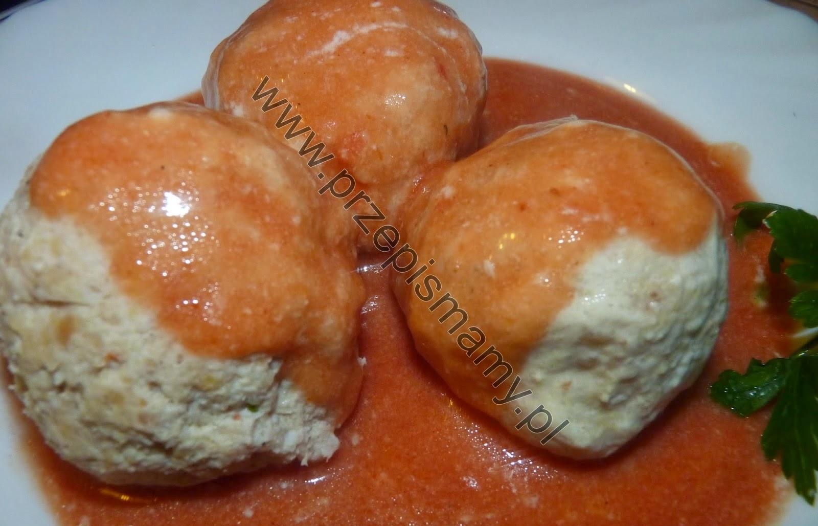 Pulpety z kurczaka w sosie pomidorowym
