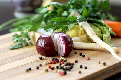 bawang merah, sambal kering, manfaat bawang, manfaat bawang merah, bawang goreng, uyah seungit, penawaran kerja sama, bisnis modal kecil