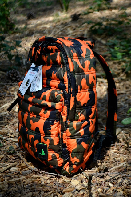 http://www.syriouslyinfashion.com/2017/05/mueslii-orange-camouflage-backpack.html