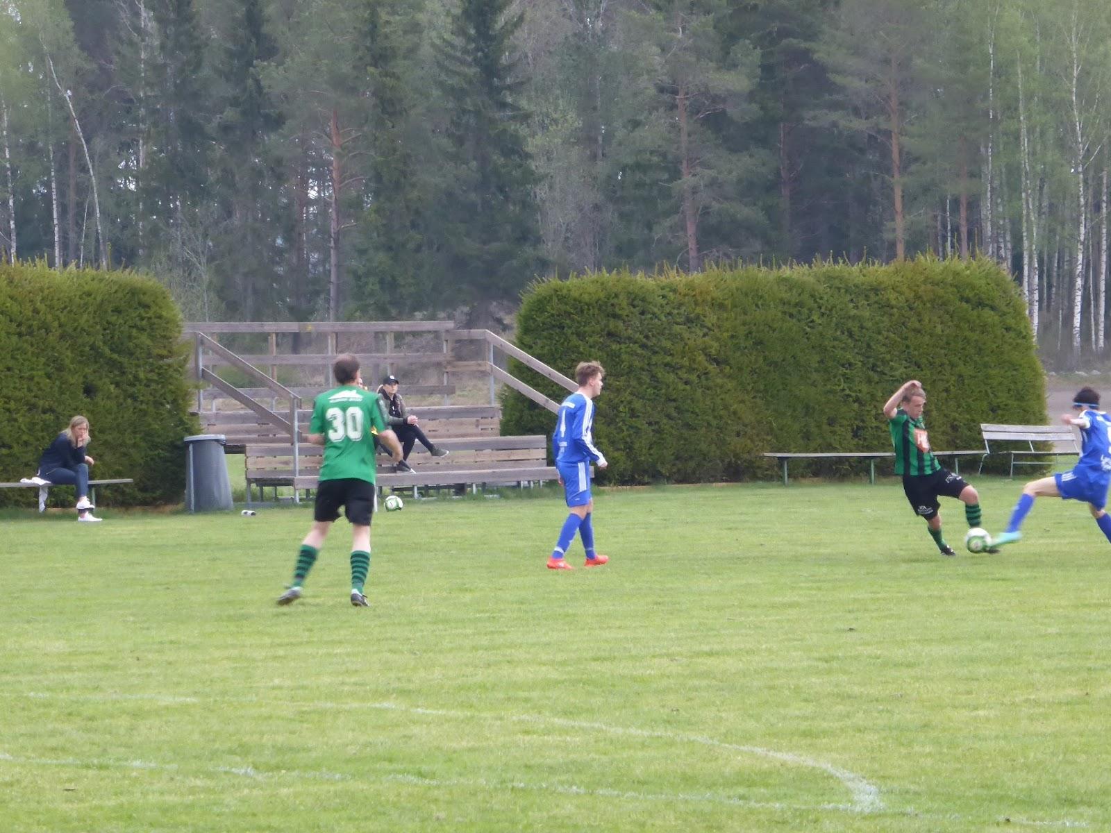 ROSLAGSSTOPPET  Almo BK-Karlholms GoIF 10-0 (4-0) c8cd6fbe36229
