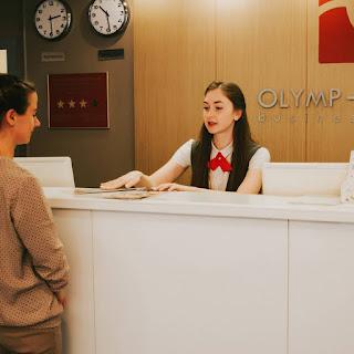 Contoh Surat Lamaran Kerja Receptionist Yang Baik & Menarik