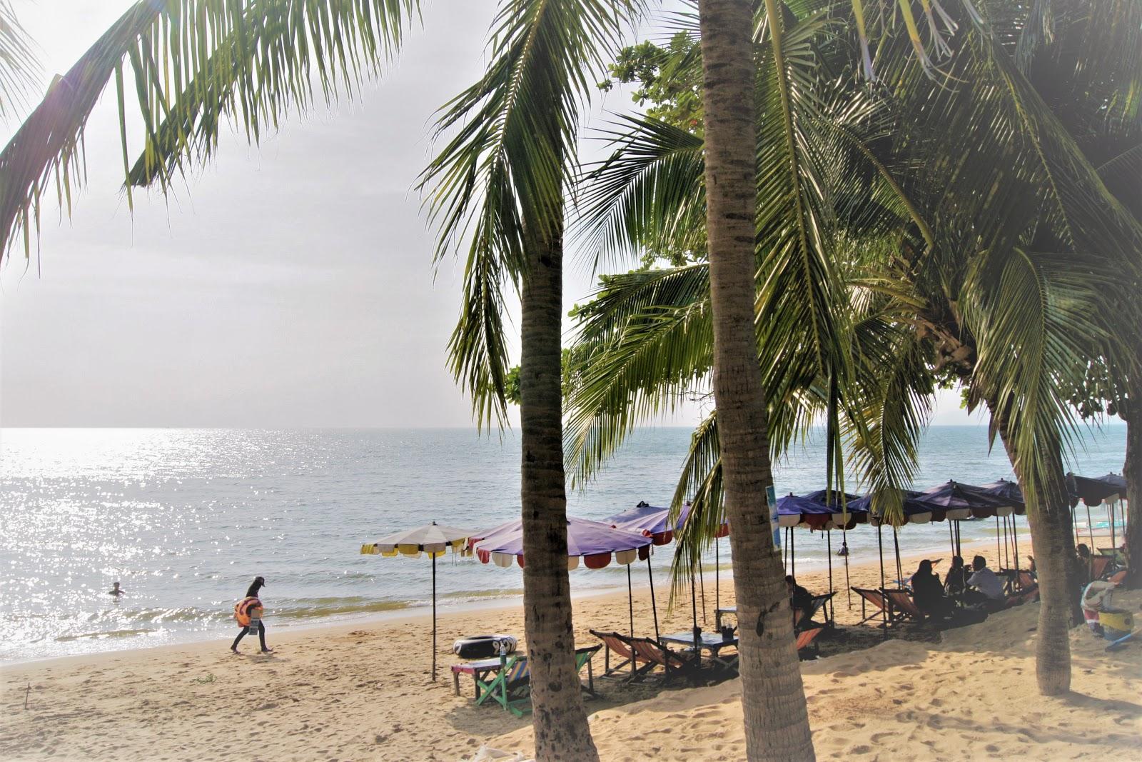 Egzotyka w wersji light - błogie lenistwo w Pattaya i na wyspie koralowej Koh Larn