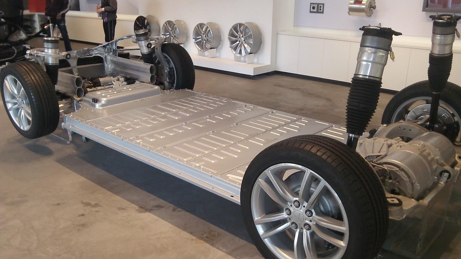 "Tesla's Elon Musk Tweets ""Supercharger Announcement Pushed ..."