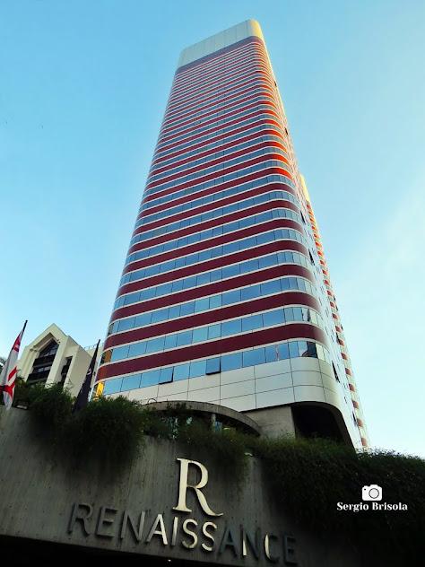 Perspectiva inferior do Hotel Renaissance - Cerqueira César - São Paulo