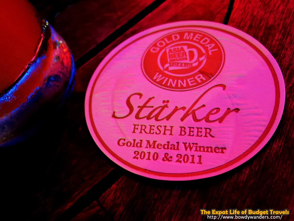 bowdywanders.com Singapore Travel Blog Philippines Photo :: Singapore :: Why You Should Try Aromatic Beer - Stärker Fresh Beer, Holland Village
