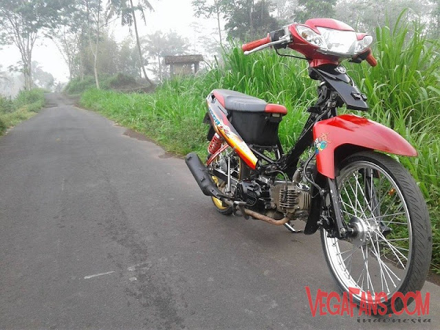 Modifikasi Vega R New Merah Modif Ceper Ban Cacing