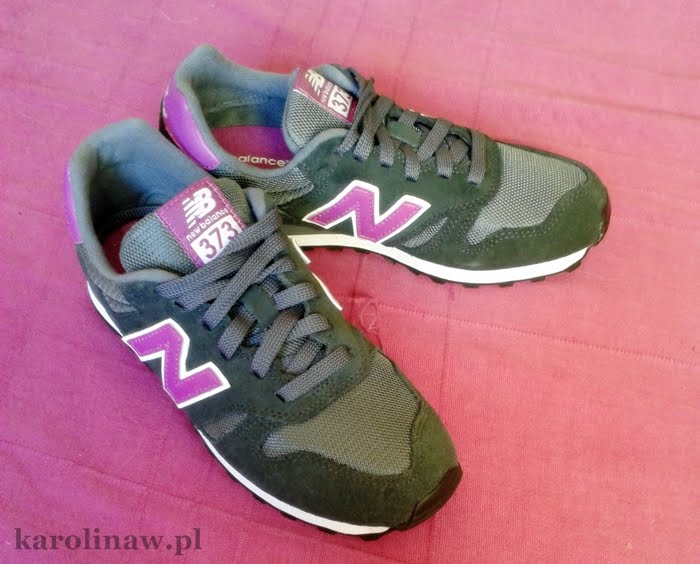 New Balance 373 blog photo pic grey purple