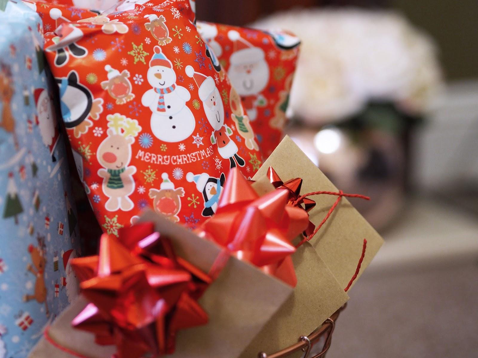 Wrap up your favourite Christmas Films to unwrap on Movie Night