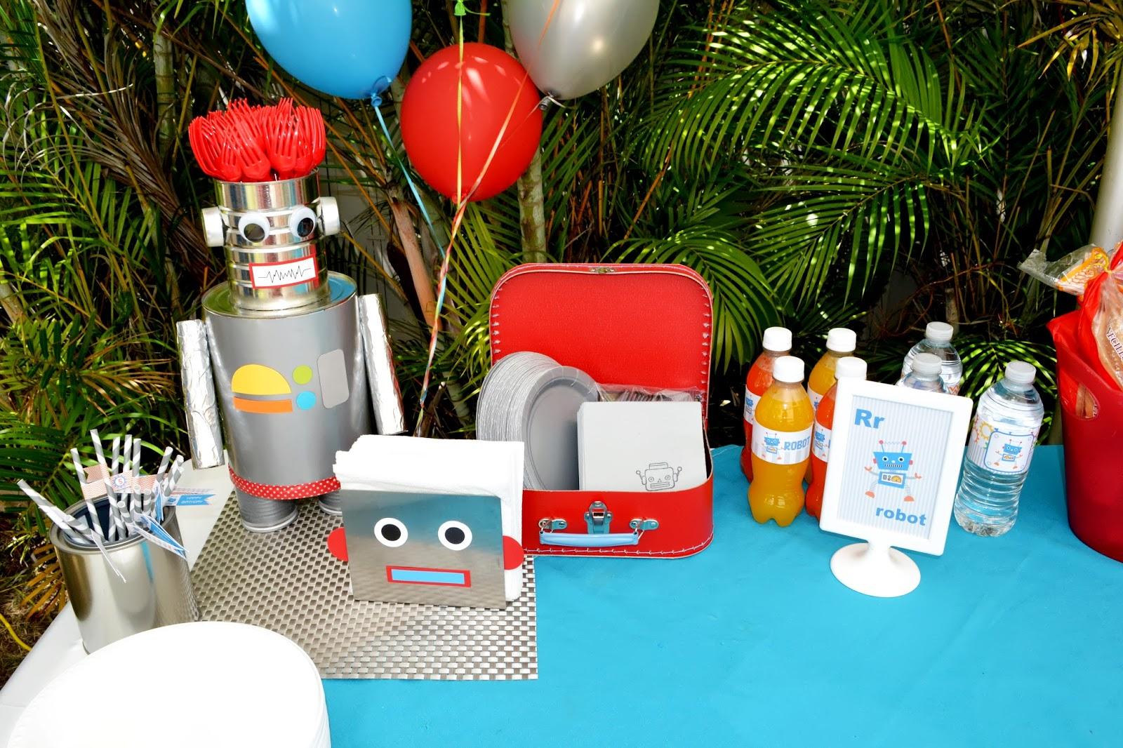 Birthday Birthday Party Ideas: Partylicious Events PR: Birthdays: {Robot Party}