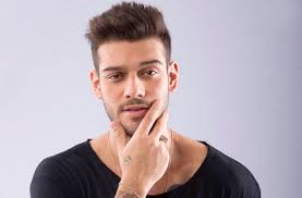 Lucas Lucco lança música Batom Vermelho
