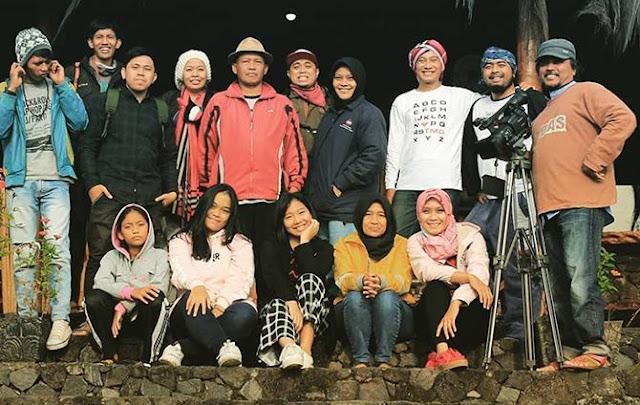 Tim Kopi Trip Posong yang diprakarsai oleh Mas Tafta