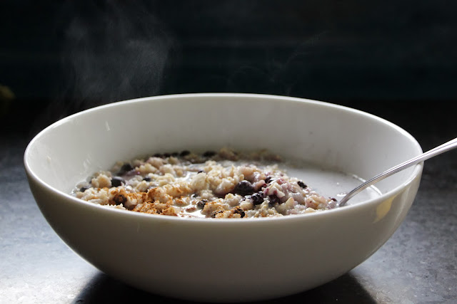 Steaming blueberry vanilla oatmeal