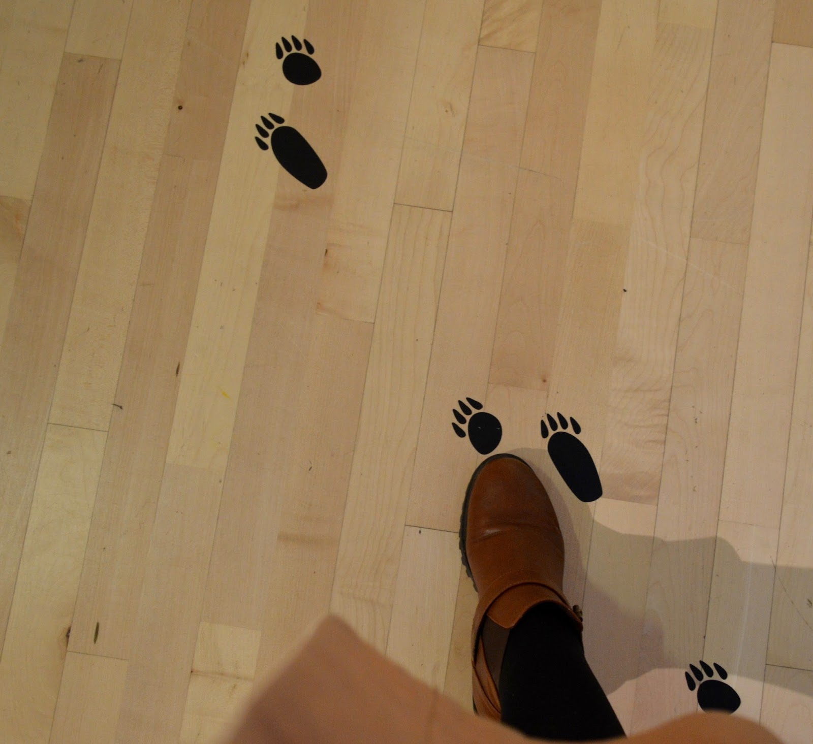 Seven Stories Newcastle | Parking & Admission plus Bears! Exhibition Review - footprints on floor