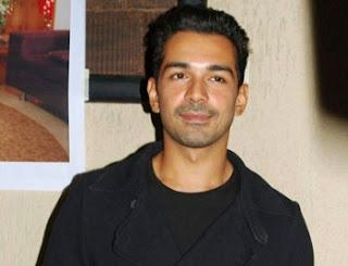 Biodata Abhinav Shukla sebagai Pemeran Dev